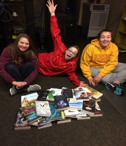 Library Club with new books